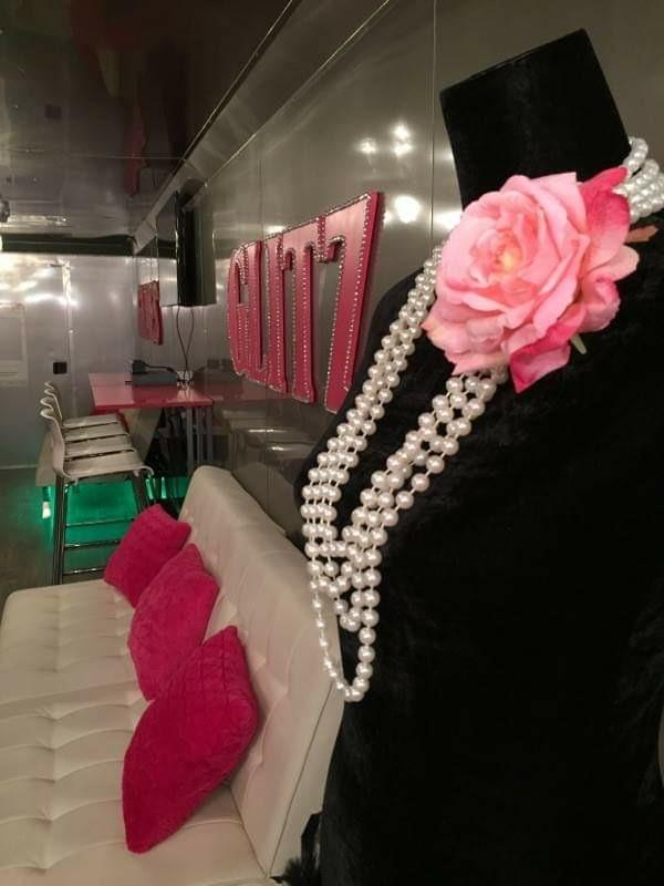 glam-glitz-glamour-diva-party-chicago-1
