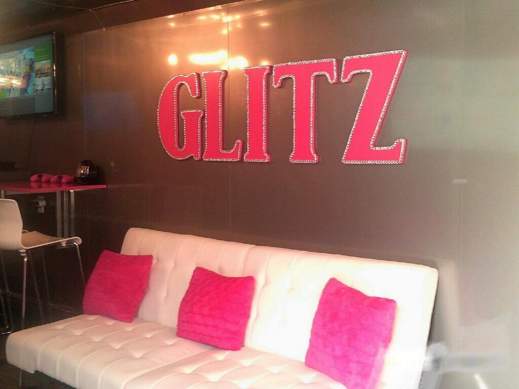 glam-glitz-glamour-diva-party-chicago-6